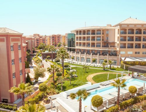 Advantages of living in a luxury resort